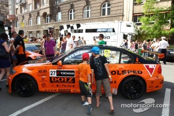 WTCC exhibition, Kossuth Square, Gabor Weber, BMW 320 TC, Zengo Motorsport