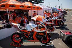 KTM/HMC Racing ready for SuperBike Race #2