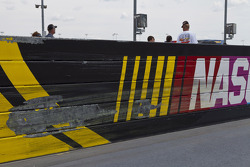 NASCAR-CUP: Famous Darlington stripes