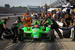 Pit stop practice for James Hinchcliffe, Andretti Autosport Chevrolet