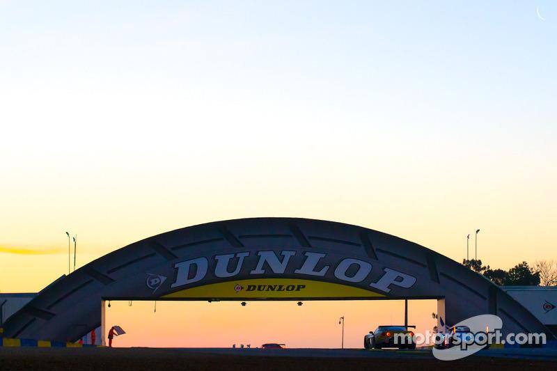 Sunrise at Dunlop corner