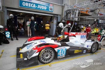Pit stop for #40 Race Performance Oreca 03 Judd: Michel Frey, Ralph Meichtry, Jonathan Hirschi