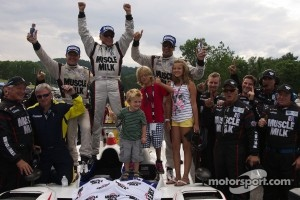 P1 winners #6 Muscle Milk Pickett Racing, HPD ARX-03a Honda: Lucas Luhr, Klaus Graf