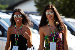 Two VIPS arrive at the paddock
