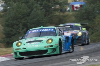 #17 Team Falken Tire: Wolf Henzler, Bryan Sellers