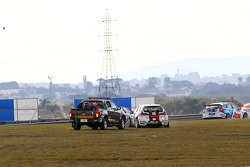 Crash, Tiago Monteiro, SEAT Leon WTCC, Tuenti Racing Team