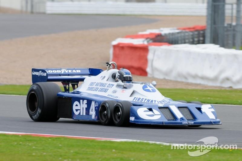 Grand Prix Masters F1 action - original Tyrrell 6 wheeler
