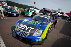 #38 Lexus Team Zent Cerumo Lexus SC430 at technical inspection