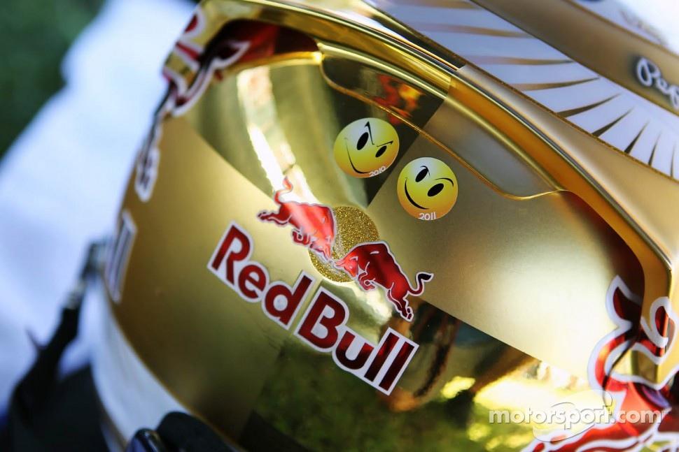 The helmet of Sebastian Vettel, Red Bull Racing on the grid