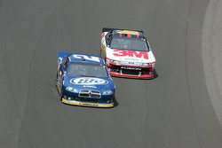 Brad Keselowski, Penske Racing Dodge, Greg Biffle, Roush Fenway Racing Ford and Jack Roush