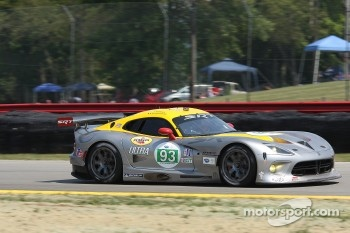 #93 SRT Motorsports SRT Viper GTSR: Marc Goosens, Tommy Kendall