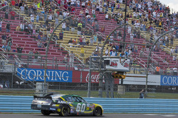 Carl Edwards, Roush Fenway Ford takes the win
