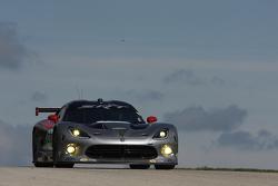 #91 SRT Motorsports Viper: Dominik Farnbacher, Kuno Wittmer