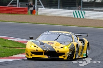 #66 JMW Motorsport Ferrari 458 Italia: James Walker, Jonny Cocker