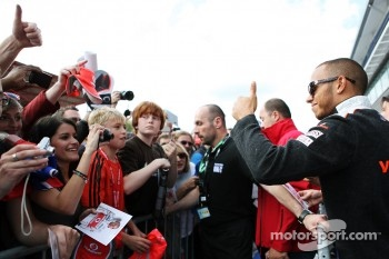 Lewis Hamilton, McLaren with the fans