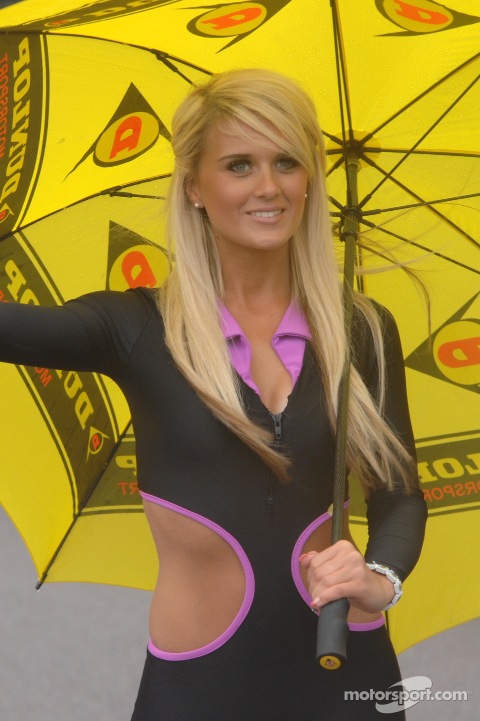 Team HARD Grid Girl