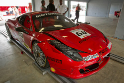 Damage on the car of #68 Ferrari of San Francisco 458CS: Mike Hedlund