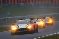 #66 A Speed Aston Martin V8 Vantage: Hiroki Yoshimoto, Kazuki Hoshino