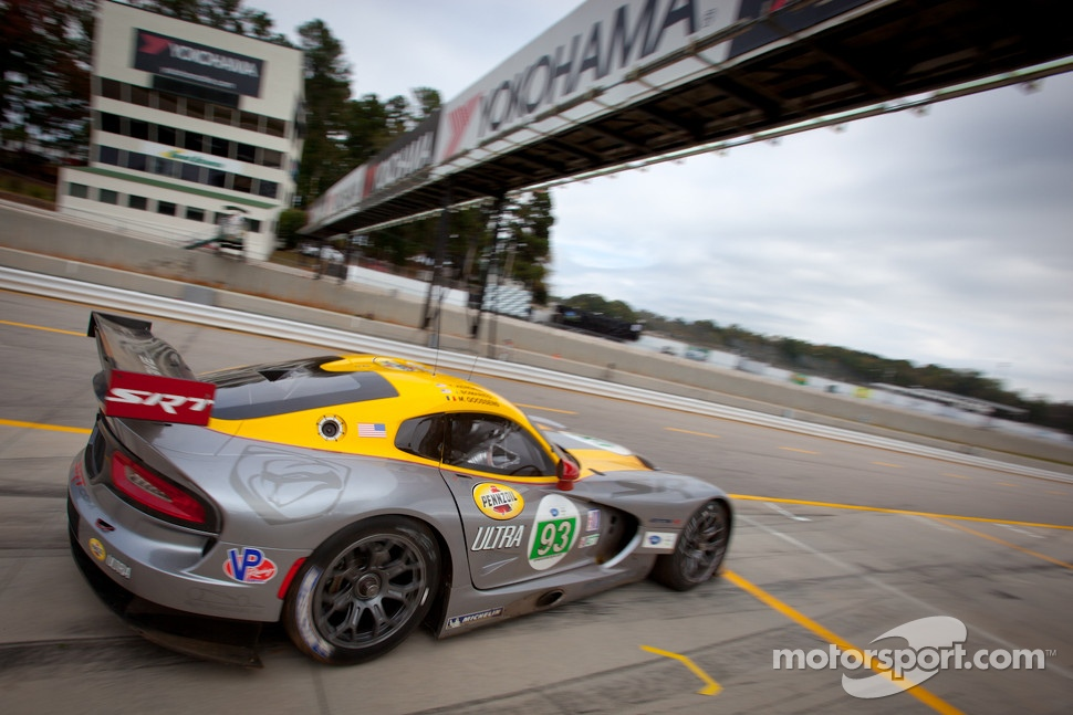 #93 SRT Motorsports SRT Viper GTSR: Marc Goossens, Tommy Kendall, Jonathan Bomarito
