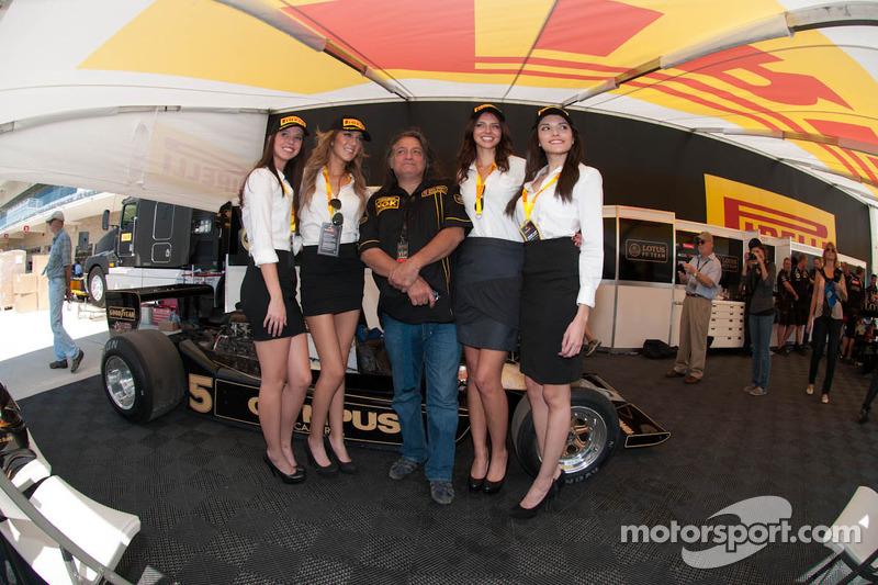 Lovely Pirelli girls