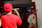 Ferrari fan photographs Felipe Massa, Ferrari in the pits