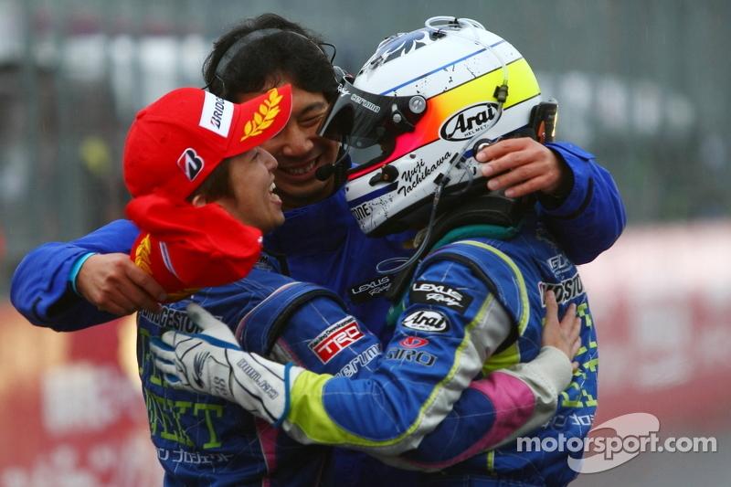 GT500 winners Kohei Hirate, Yuji Tachikawa