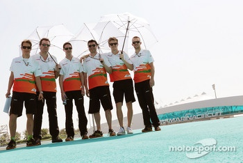 Nico Hulkenberg, Sahara Force India F1 walks the circuit with his team