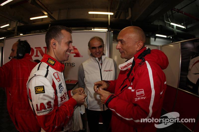 Tiago Monteiro, Honda Civic Super 2000 TC, Honda Racing Team Jas and Gabriele Tarquini, SEAT Leon WTCC, Lukoil Racing Team