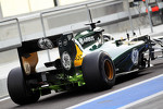 Caterham flow-vis paint on the rear suspension and exhaust