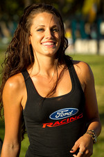 NASCAR Championship Drive in South Beach: a lovely Ford Racing girl