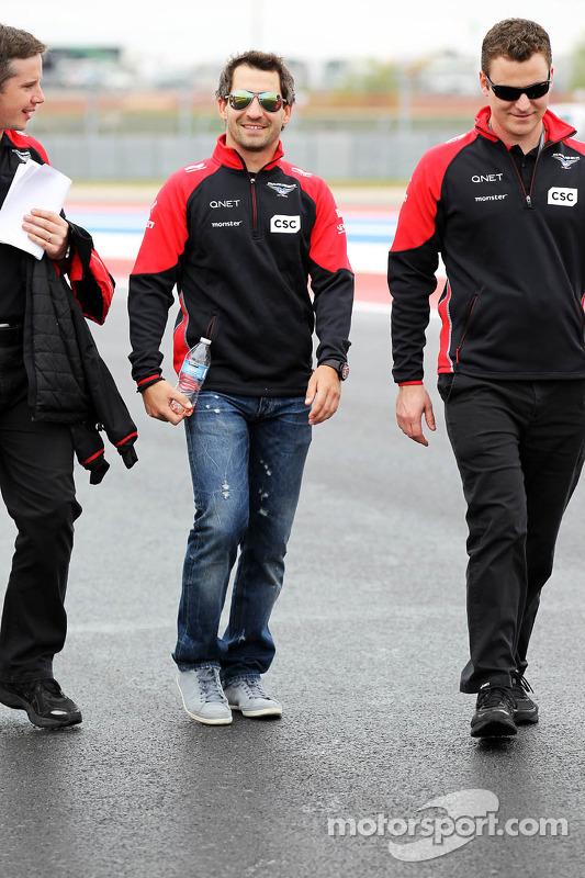 Timo Glock, Marussia F1 Team walks the circuit