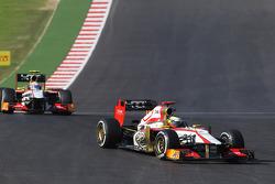 Pedro De La Rosa, HRT Formula 1 Team F112 leads team mate Narain Karthikeyan, HRT Formula One Team HRT F112
