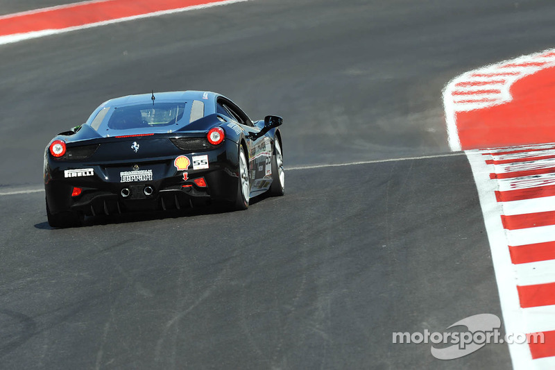 #55 Boardwalk Ferrari: Scott Tucker