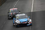 James Nash, Ford Focus S2000 TC, Team Aon and Tom Boardman, SEAT Leon WTCC,  Special Tuning Racing