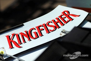 Sahara Force India F1 VJM05 Kingfisher branding on front wing