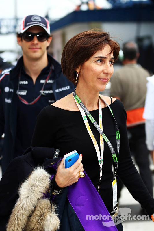 Viviane Senna, with her son Bruno Senna, Williams