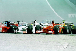 Start: Ricardo Zonta and Rubens Barrichello