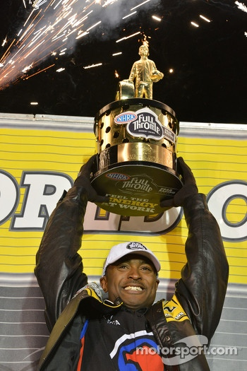 2012 Champion Antron Brown celebrates