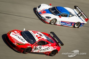 #69 AIM Autosport Team FXDD with Ferrari Ferrari 458: Emil Assentato, Anthony Lazzaro, Nick Longhi,Craig WIilkins