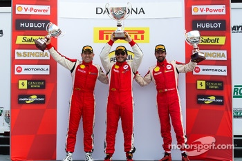 Coppa Shell podium: winner Carlos Kauffmann