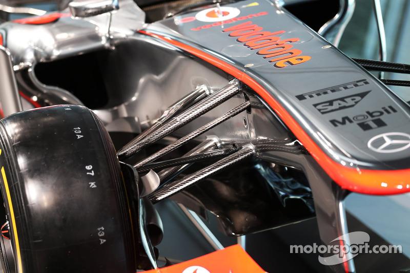 McLaren MP4-28 front suspension detail
