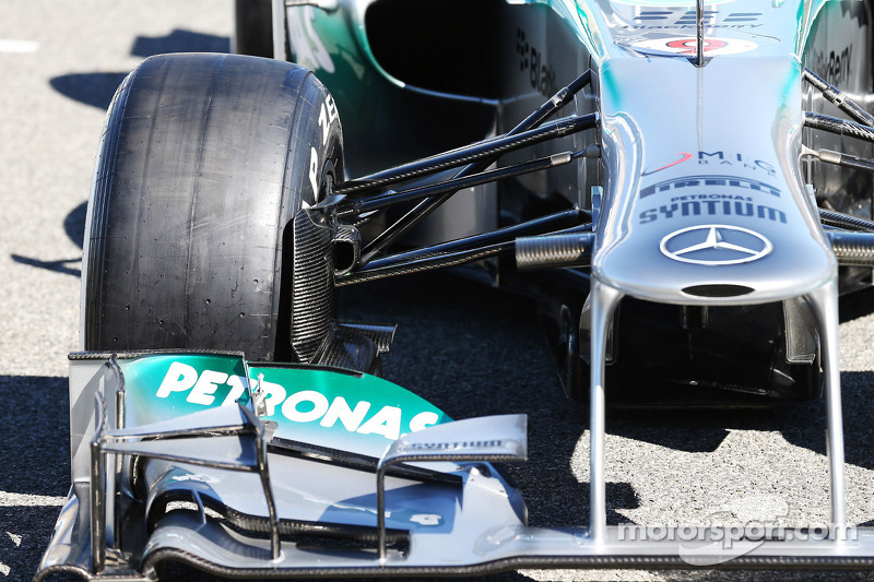 The new Mercedes AMG F1 W04 front suspension detail
