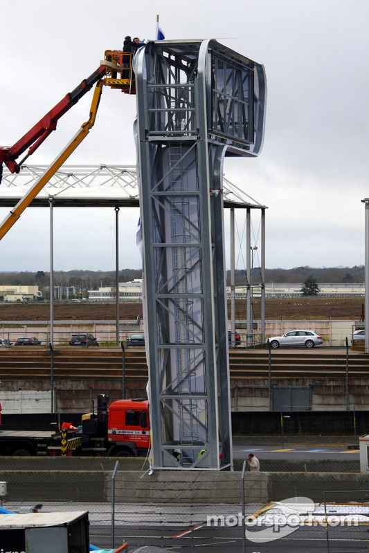 The Michelin scoring tower being built at the track