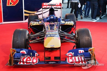 The new Scuderia Toro Rosso STR8