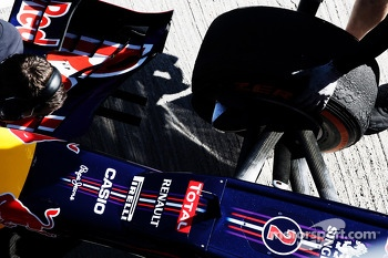 Red Bull Racing RB9 front suspension