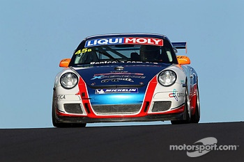 #45 Porsche 997 GT3 Cup: Indiran Padayachee, Duvashen Padayachee, Aaron Zerefos, Barton Mawer