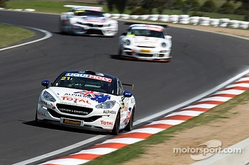 #21 Peugeot RCZ Cup: Bruce Jouanny, David Wall, Andrew Jones