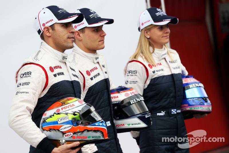 Pastor Maldonado, Williams F1, Valtteri Bottas, Williams F1 and Susie Wolff, Williams F1 development driver unveil the FW35
