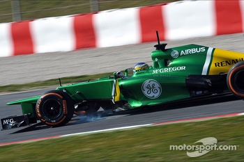 Charles Pic, Caterham CT03 locks up under braking