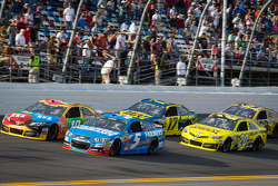 Kyle Busch, Joe Gibbs Racing Toyota, Kasey Kahne, Hendrick Motorsports Chevrolet, Ricky Stenhouse Jr., Roush Fenway Racing Ford, Matt Kenseth, Joe Gibbs Racing Toyota
